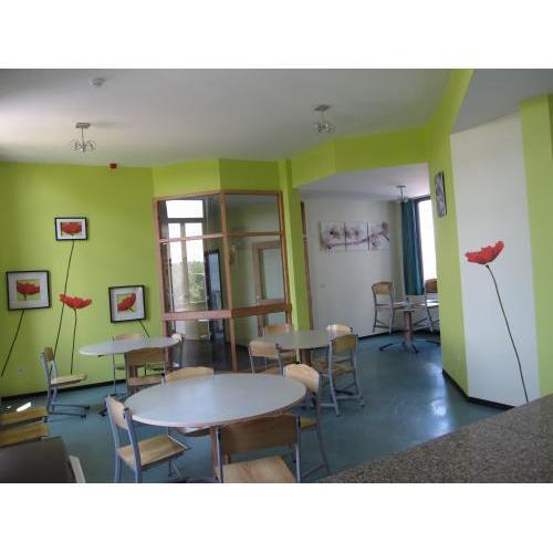 Institut la porte ouverte de blicquy asbl for La porte and associates