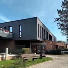 L'entrée des bureaux du C.P.A.S.