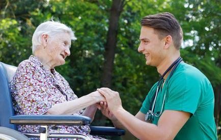 Communiquer avec des personnes âgées de type Alzheimer  selon Naomi Feil
